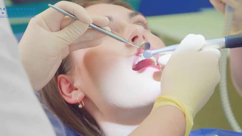 Ахмедов Даврон Анварович стоматолог-терапевт
