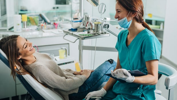 одномоментная имплантация зубов показания